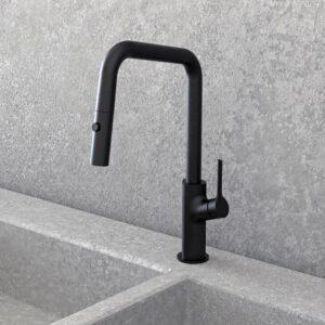 NOB78MBS robinet de cuisine carré noir mat avec mur de pierre
