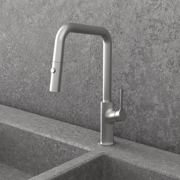 NOB78SSS - Robinet de cuisine carré en acier inoxydable avec mur en granit